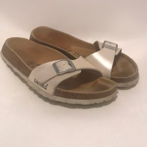 Birkenstock's by betula sz 37 slip on